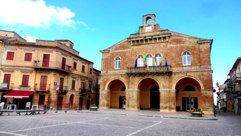Rocca San Giovanni Village